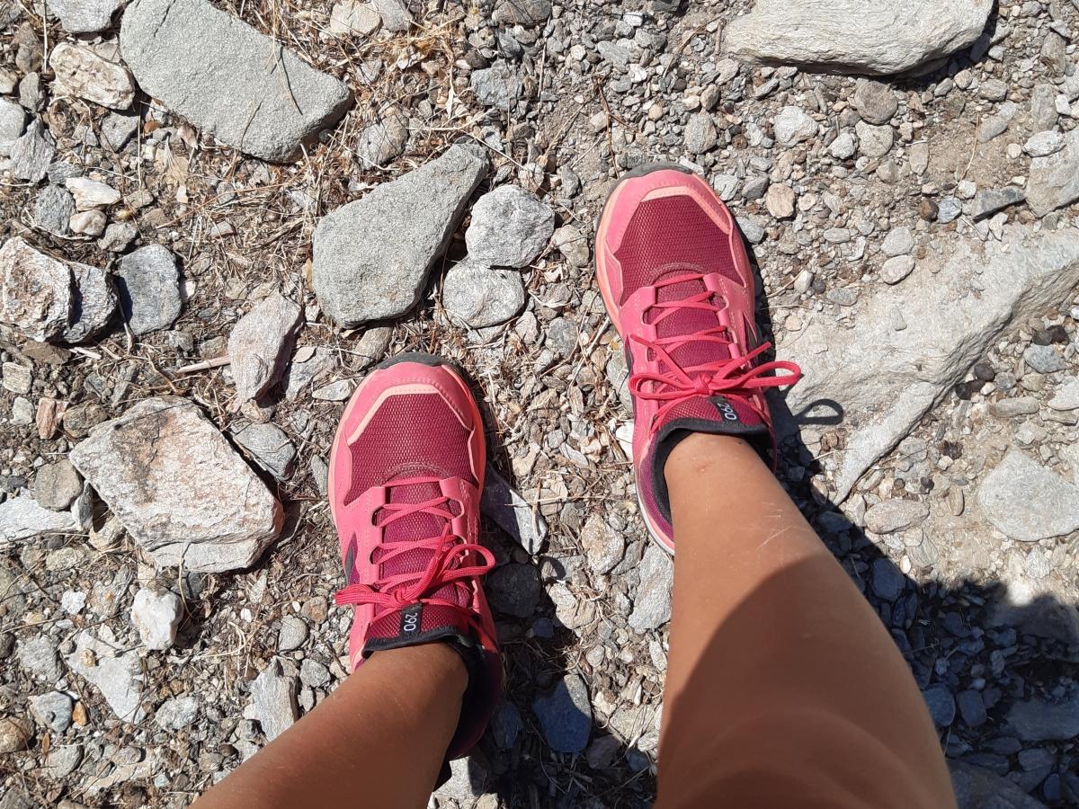 pink hiking shoes kea island greece